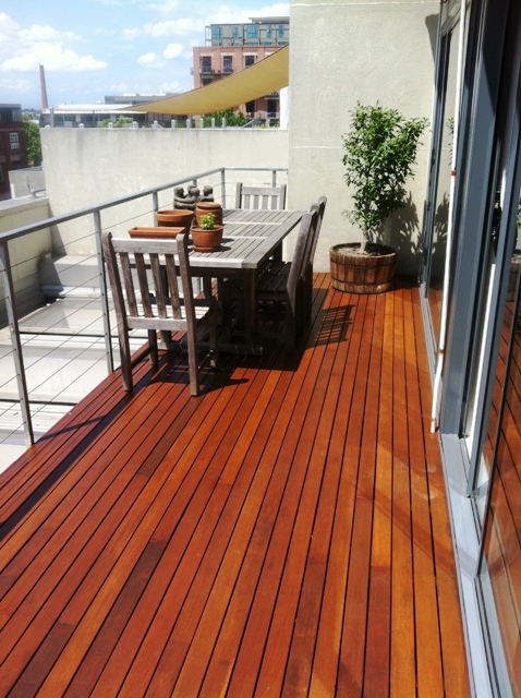 New balcony decking tdr property services for Balcony deck zouk